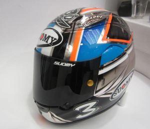 max-biaggi-casco (3)
